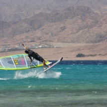 Maarten van Ochten Burner one handed Egypt Photo Nicky van Hoof